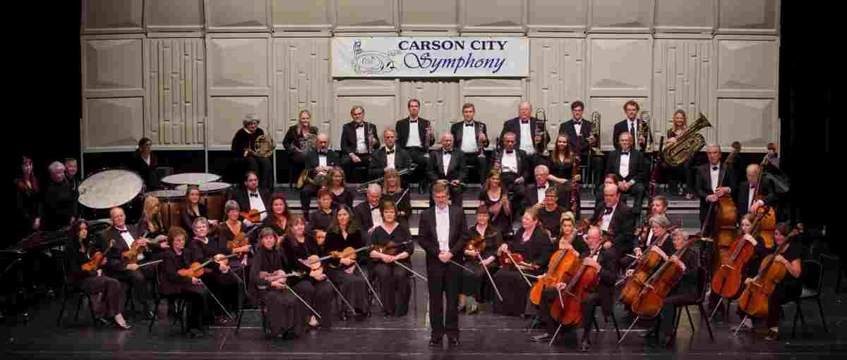 Picture of Carson Chamber Singers in concert Nov. 11, 2019.